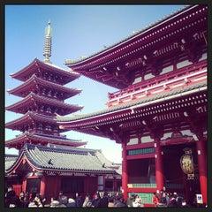 Photo taken at 浅草寺 (Sensō-ji Temple) by yusuke s. on 2/24/2013