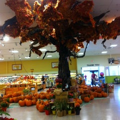 Photo taken at Publix by Linette S. on 10/6/2013