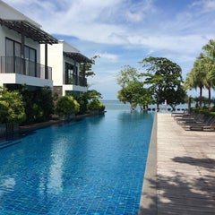 Photo taken at The Chill Resort Koh Chang by Ming Lai A. on 10/2/2014