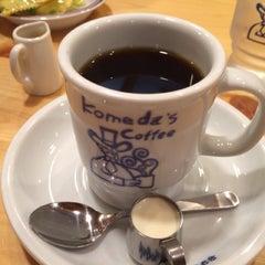 Photo taken at コメダ珈琲店 金剛東店 by bluemoon_anne on 1/2/2014