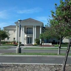 Photo taken at Smittcamp Alumni House - Fresno State Alumni Association by Gretchen M. on 4/11/2013