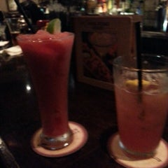 Photo taken at LongHorn Steakhouse by Cindy H. on 11/9/2012