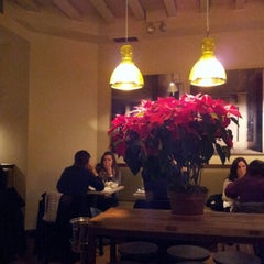 Photo taken at Hundred Acres by Seb on 12/23/2012
