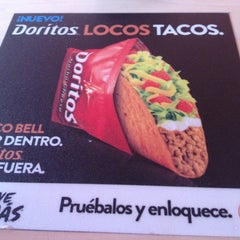 Photo taken at Taco Bell by Carlos R. on 3/27/2013