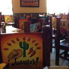 Photo taken at Juanito's Mexican Restaurant by Steven J. on 9/10/2014