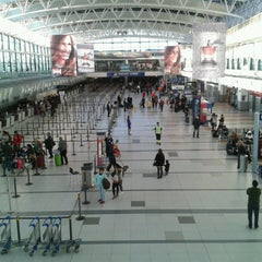 Photo taken at Aeropuerto Internacional de Ezeiza - Ministro Pistarini (EZE) by Rodrigo T. on 4/14/2013
