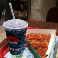 Photo taken at Foodcourt @ Phoenix Marketcity by Chillerege R. on 1/20/2013