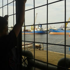 Photo taken at Terminal Penumpang Nusantara Pelabuhan Tanjung Priok by Frano P. on 6/21/2013