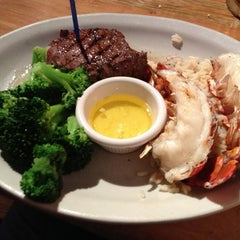 Photo taken at Logan's Roadhouse by Tyler S. on 3/23/2013