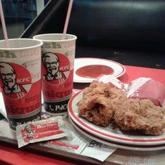 Photo taken at KFC / KFC Coffee by Aracupidd on 2/4/2013