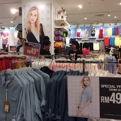 Photo taken at Brands Outlet by Lee B. on 2/22/2014