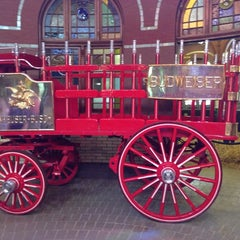 Photo taken at Anheuser-Busch Brewery Experiences by Awadhesh T. on 7/6/2013