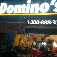 Photo taken at Domino's Pizza by Hamzah A. on 4/5/2014
