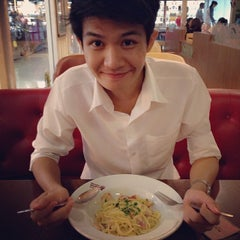 Photo taken at Black Canyon (แบล็คแคนยอน) by jelli on 5/1/2014
