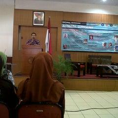 Photo taken at Fakultas Kedokteran Hewan by Maria P. on 11/24/2012