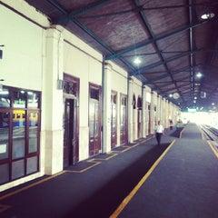 Photo taken at Stasiun Surabaya Gubeng by Rhozie M. on 2/24/2013
