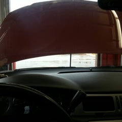 Photo taken at Valvoline Instant Oil Change by Carla T. on 12/15/2012