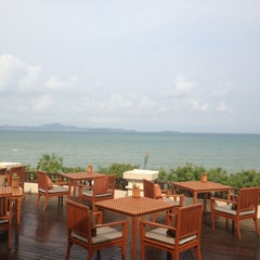 Photo taken at Sheraton Pattaya Resort by Anchala W. on 4/4/2013