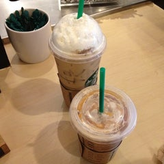 Photo taken at Starbucks by Kelli N. on 10/6/2012