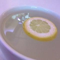 Das Foto wurde bei Dschungel Café von Alfred G. am 11/1/2012 aufgenommen