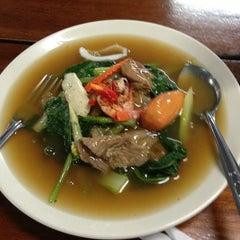 Photo taken at โรงอาหาร 40 ปี มจพ. by bill on 2/6/2013