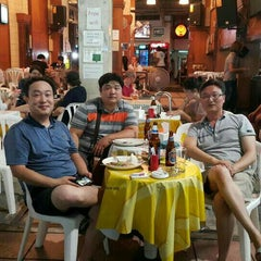 Photo taken at Chart Bar & Restaurant by Jae Ha O. on 7/10/2015