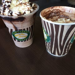 Photo taken at Zarraffa's Coffee by Wakako K. on 11/7/2014