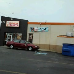 Photo taken at Dunkin Donuts by David C. on 2/16/2013