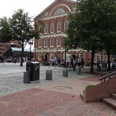Photo taken at Faneuil Hall Marketplace by Bergeron Creative S. on 9/18/2012