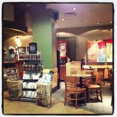 Photo taken at Starbucks by Maksim P. on 10/5/2012