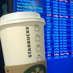 Photo taken at Starbucks by Kevin Kiwon P. on 2/23/2012
