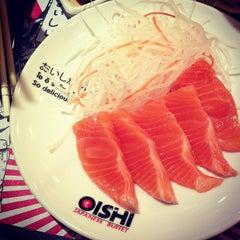 Photo taken at Oishi Buffet (โออิชิ บุฟเฟ่ต์) by • Fahmui_BobO 🍰 on 5/8/2013