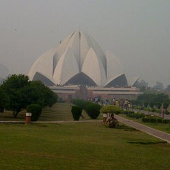 Photo taken at Lotus Temple (Bahá'í House of Worship) by Anuj M. on 11/6/2012