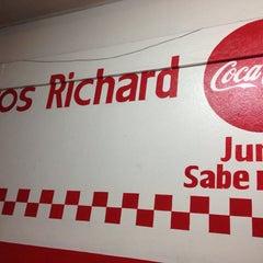 Photo taken at Tacos Richard by Adriux M. on 11/17/2014