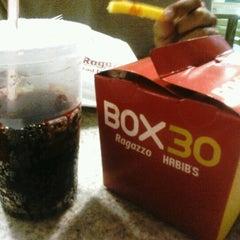 Photo taken at Box 30 Ragazzo Habib's by José Victor A. on 10/7/2012
