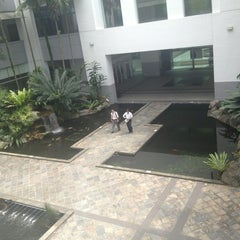 Photo taken at Singapore Institute of Management (SIM) by Lita C. on 1/25/2013