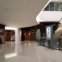 Photo taken at Mall of Indonesia by Harry Y. on 5/29/2014