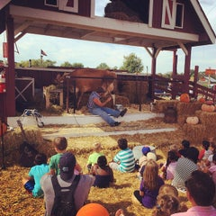 Photo taken at Cox Farms Fall Festival by Alexander H. on 9/28/2014