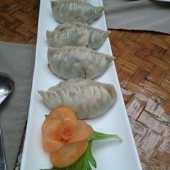 Das Foto wurde bei Asian Bay von Cristian D. am 12/29/2012 aufgenommen