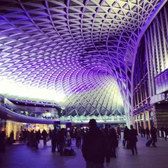 Photo taken at London King's Cross Railway Station (KGX) by Armin G. on 1/9/2013