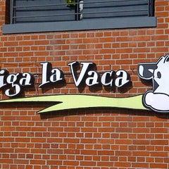 Photo taken at Siga La Vaca by Marian G. on 6/14/2013