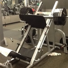 Photo taken at 24 Hour Fitness by Ivan S. on 11/14/2012
