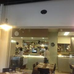 Photo taken at Pizzeria Prima O Poi by Regina A. on 7/28/2013