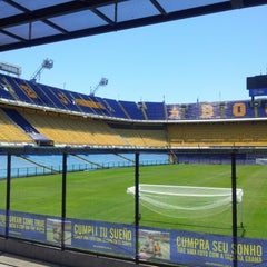 Foto tirada no(a) Estadio Alberto J. Armando (La Bombonera) por Karina I. em 12/2/2012