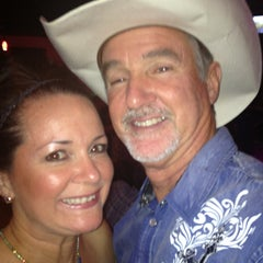 Photo taken at In Cahoots - Country Night by Tribbit🌜 D. on 7/27/2013