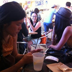 Photo taken at Pier 46 Seafood Market by Gladys H. on 8/11/2013