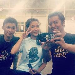 Photo taken at Ruang Kesenian Gelanggang UGM by Sela A. on 7/18/2014