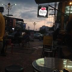 Photo taken at ร้านปังนมสด(รถตู้โฟล์คชมพู) by Aim N. on 1/1/2015