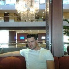 Photo taken at 南海酒店 Nanhai Hotel Shenzhen by Nikita N. on 9/17/2012