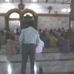 "Photo taken at Masjid Agung ""DARUSSALAM"" Bojonegoro by D'ian N. on 1/16/2014"